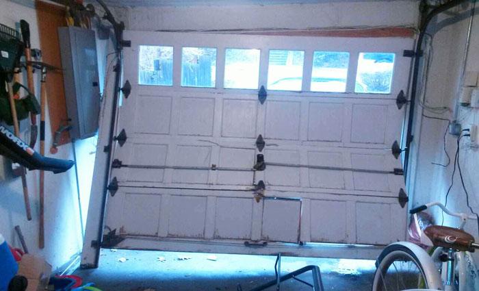 Broken Garage Door Renton